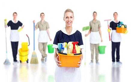 Bostancı'da Ev İşlerine Yardımcı Bayan Eleman
