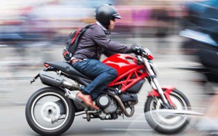 Üsküdar'da A2 Ehliyetli Motorcu